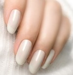 Beautifully cream/beige painted fingernails